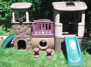 Clubhouse Climber playhouse (by Step2)