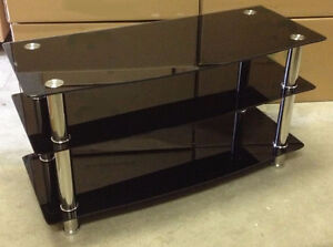 """TV STAND 41"""" tempered glass."""