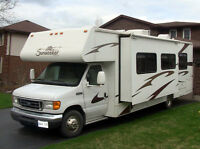 2007 Class C Motorhome For Rent