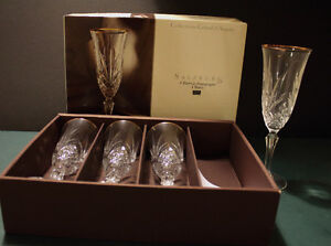 """8"""" Tall Champagne Flutes Crystal Arques Cambridge Kitchener Area image 1"""