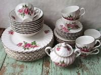 Ensemble de vaisselle 8 couverts en porcelaine anglaise