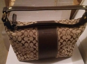 COACH BROWN SIGNATURE C TOP HANDLE BEIGE PURSE