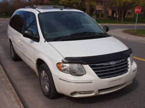 2007 Chrysler Town & Country Limited Minivan ~ NEW PRiCE