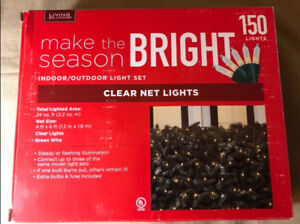 150 Clear Net Lights On Green Wire Christmas Lights. NEW