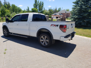 2012 WHITE FORD F-150 SUPERCREW FX4 SPORT LUXURY PACKAGE