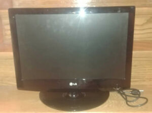 LG 19-Inch 720p LCD HDTV Great Condition 19LG30