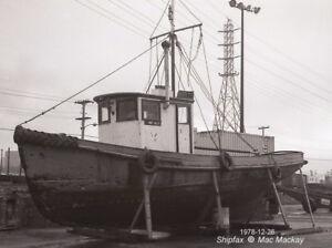 Boat 26-36 Feet Long, Cape, Ex Fishing Boat