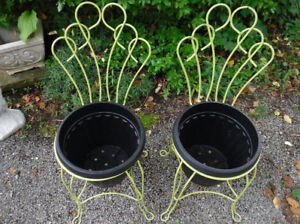 VINTAGE TWISTED METAL ICE CREAM PARLOUR CHAIRS REPURPOSED GARDEN