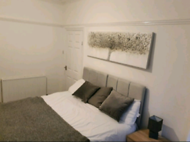 Quality Double Room 10 minutes walk from the City Centre