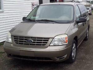 2005 Ford Freestar Minivan, Van