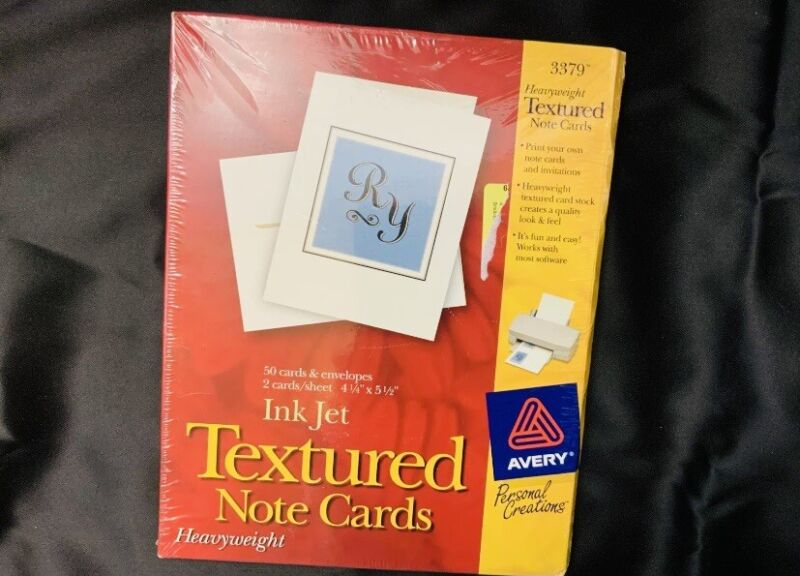 * BRAND NEW * Avery #3379 Heavyweight Textured Note Cards 50 Cards/Envelopes.