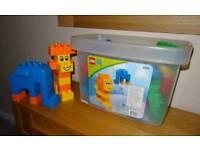 Lego bricks compatible with Duplo