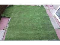 Artificial Grass £25 only (200cm x 150cm )