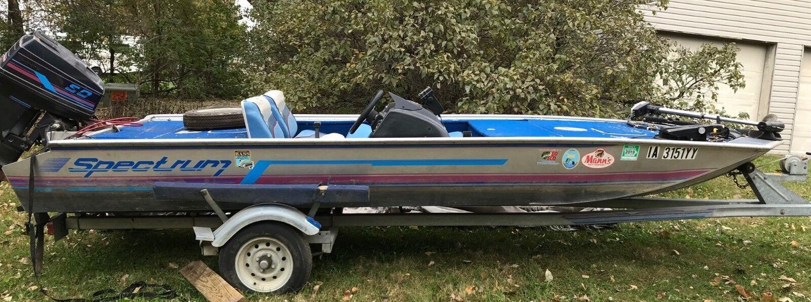 "1989 Spectrum 16'7"" Aluminum Bass Boat & Trailer - Iowa"