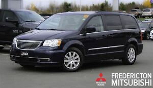 2016 Chrysler Town & Country TOURING! DUAL DVD! BACKUP CAM! REAR
