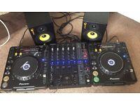 Complete DJ set - 2 X Pioneer CDJ, Behringer DJX 750 mixer, 2 XS Intimidation Studio Monitors