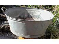 Galvanised tin bath / planter