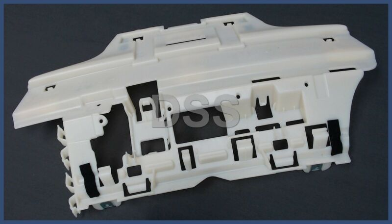 Genuine Honda Pilot Front Bumper Retainer Bracket Right Spacer OEM 71193SZAA00