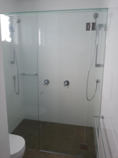 Frameless shower wall to wall up to 1.6m *INSTALLED*