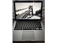 "MacBook Pro 13.3"" with Retina display. 256gb SSD 2.7ghz 8gb"