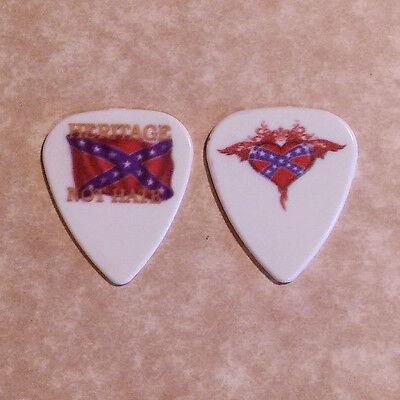 (Band Signature Logo) guitar pick (X) -(W7)