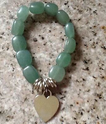 NEW 21st AND STONE GENUINE AVENTURINE STRETCH STYLE HEART PENDANT  BRACELET