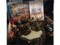 Skylanders and portal game and bag