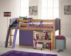 Scallywag bed with wardrobe vgc