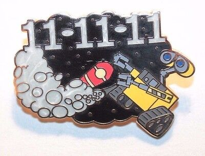 Disney Parks Wall-E LE 1000 11/11/11 November Fire Extinguisher Pin