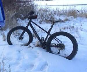 2014 kona wo fat bike, like new