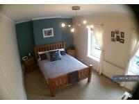 3 bedroom house in Glenroy Street, Cardiff, CF24 (3 bed)