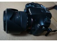 Sony A77 II DSLR + 2 x Lens