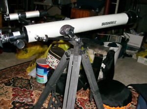 Bushnell Telescope with tripod