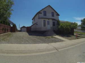 Renovated 2 story 4 Bedroom House Hillcrest