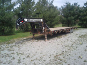 2013 Load Trail 8.5 x 34 GN Low Pro Equipment Trailer(Used)