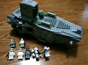 Lego Star Wars Transporter complete 75103