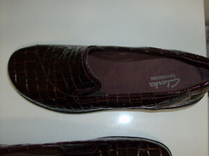 Size 9 NEW Clark Shoes & Rockport Shoes - Great Deal !!