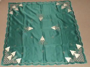 Green Table cover