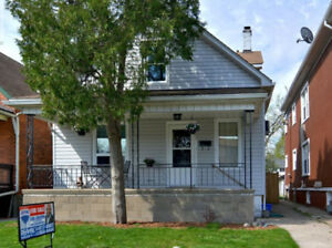 Clean Family Home in Heart of Walkerville
