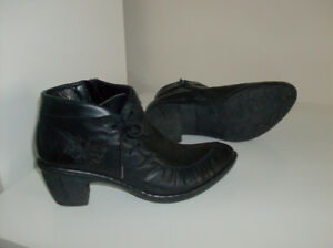 Size 7.5 - Reiker Boots, Clark Shoes & Rockport Shoes