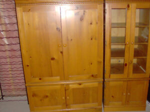 TV & MEDIA UNIT IN GREAT CONDITION