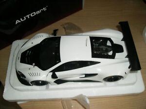 1/18 DIECAST AUTOART NEUF  McLaren