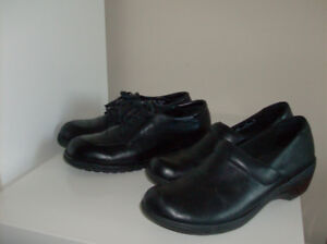 Size 7.5 - 2 pairs of Clark and Rockport Shoes - Fab buy !!