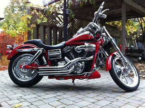 2007 CVO Screamin' Eagle® Dyna™ FXDSE - $12,500 CDN