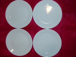 4 NEW White Corelle Dinner Plates + Maxwell & Williams Teapot