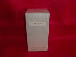 NEW Perfume - Lovely by Sarah Jessica Parker + More