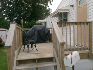 Mobile Home  2 bedrooms, spacious lot London Ontario image 3