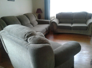 Used couches for sale !!