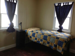 Room in House with Students Peterborough Peterborough Area image 3