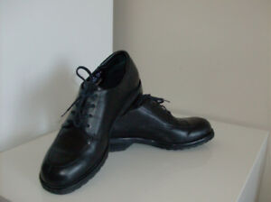 Size 7.5  Rockport Shoes - Ladies 2 pairs - Great Buy !!!